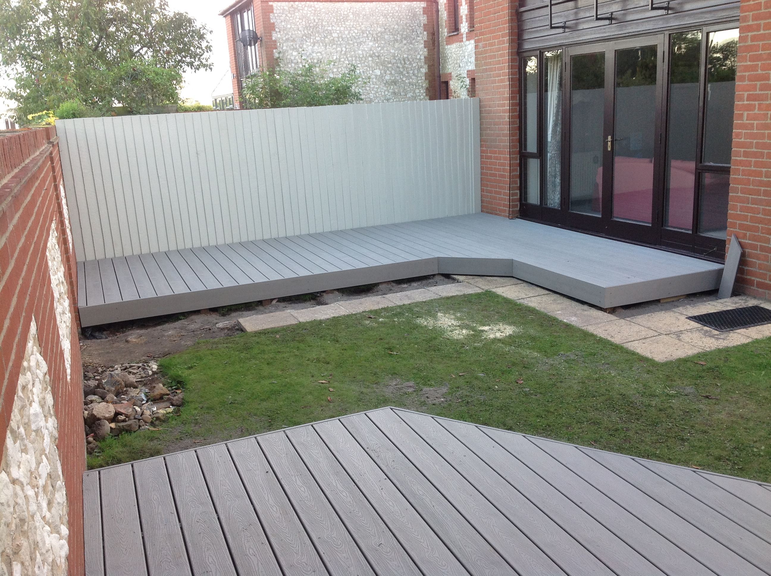 Install decking in norwich and norfolk norwich decking for Composite timber decking